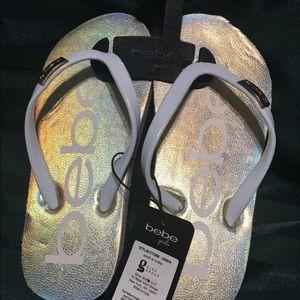 Bebe Girls holographic flip-flop sandals size 13
